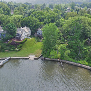waterfront homes for sale in New York